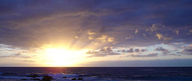 「諸天述說祂的榮耀、穹蒼傳揚祂的手段」 ~ 攝於可納(Kona)‧夏威夷大島(Big Island)‧美國 ~ 2005.1.5 ~ SONY Cybershot DSC-W12 ~ F2.8 1/500