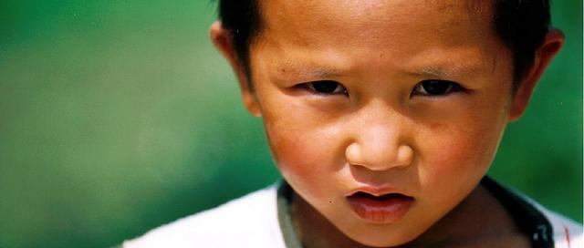 「惑」 ~ 攝於束河古村‧麗江‧雲南‧中國 ~ 2001.7 ~ Canon EOS5