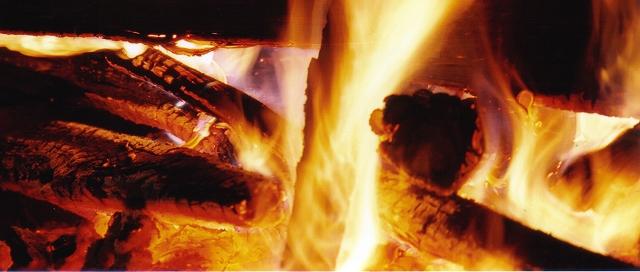 「焚」~ 攝於麗江古城‧麗江‧雲南‧中國 ~ 2001.7 ~ Canon EOS5