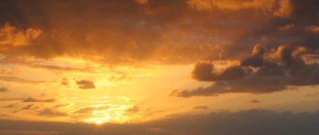 「耀燦」~ 攝於可納(Kona)‧夏威夷大島(Big Island)‧美國 ~ 2005.1.5 ~ Canon EOS 20D ~ ISO800 F11 1/640 112mm